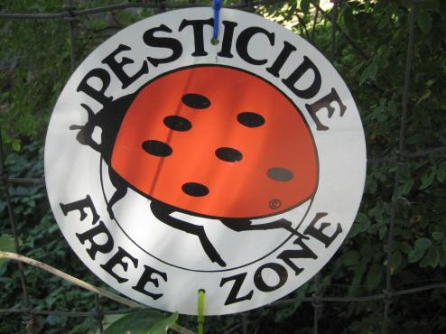 pesticide-free-zone